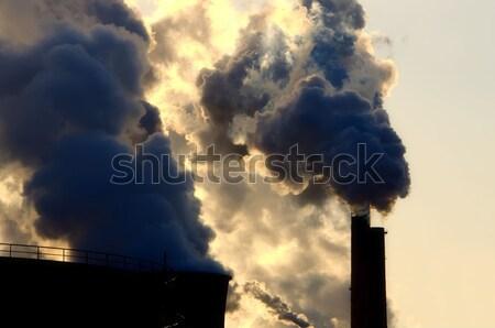 Komin dymu budowy przemysłu moc wieża Zdjęcia stock © njaj
