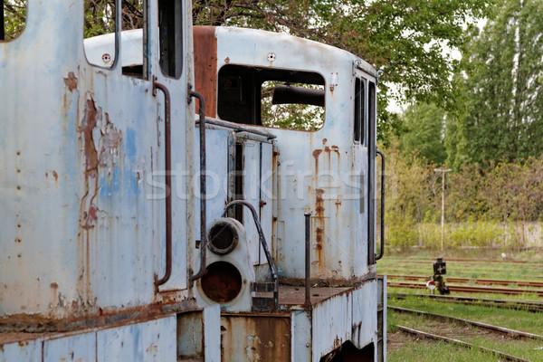 Oude locomotief foto roestige weg industrie Stockfoto © Nneirda