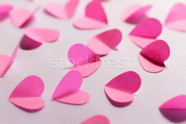 Pembe kâğıt kalpler beyaz makro fotoğraf Stok fotoğraf © Nneirda