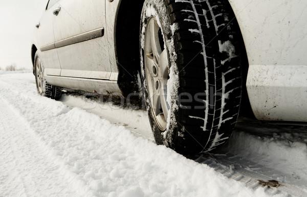 Inverno pneu carros pneus estrada Foto stock © Nneirda