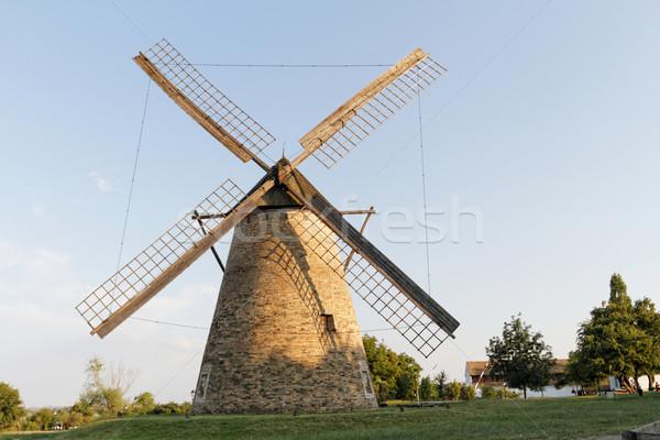 Mill foto vecchio farm cielo alimentare Foto d'archivio © Nneirda