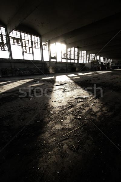 Arhitectura veche distrugere constructii casă construcţie perete Imagine de stoc © Nneirda