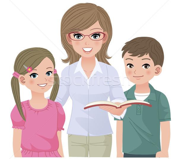 Młodych szkoły nauczyciel szczęśliwy uczniowie chłopca Zdjęcia stock © norwayblue