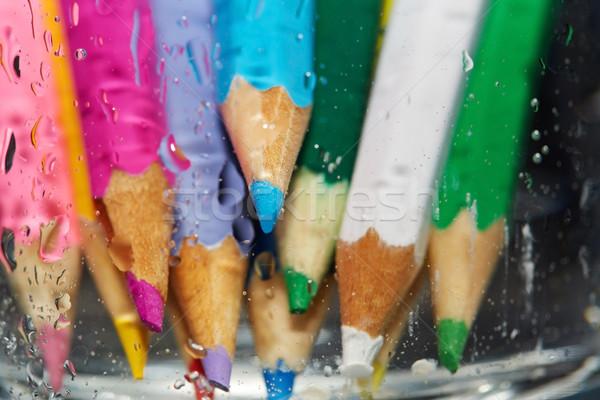 Humide couleur crayons derrière verre Photo stock © Novic