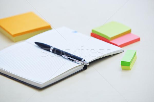 Mozdulatlan iroda toll jegyzettömb tapadó jegyzetek Stock fotó © Novic