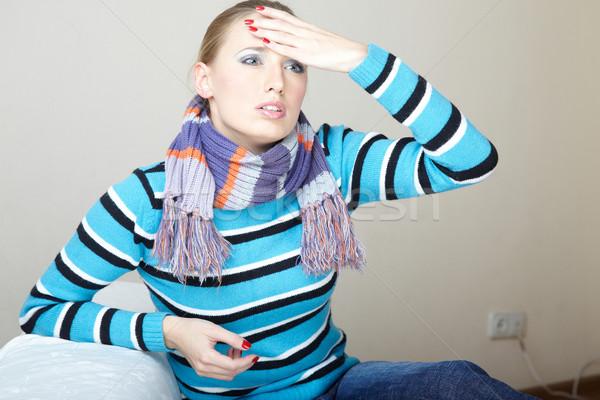 Yüksek sıcaklık hasta kadın baş ağrısı Stok fotoğraf © Novic