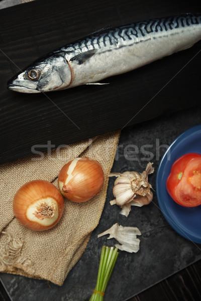 Makréla zöldségek fa asztal függőleges fotó hal Stock fotó © Novic