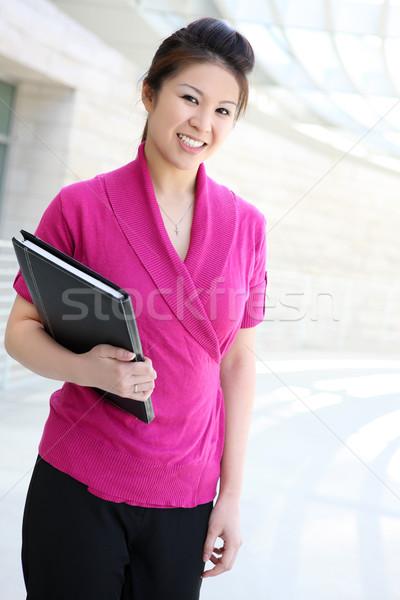 довольно деловой женщины молодые азиатских офисное здание женщину Сток-фото © nruboc
