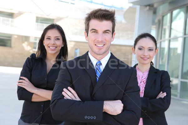 Homme femme équipe commerciale séduisant immeuble de bureaux Photo stock © nruboc