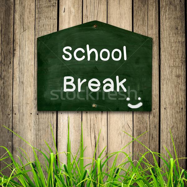School bericht Blackboard groen gras houten business Stockfoto © nuiiko