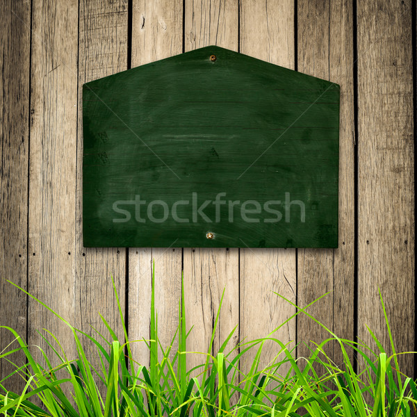Blackboard groen gras houten business muur ruimte Stockfoto © nuiiko