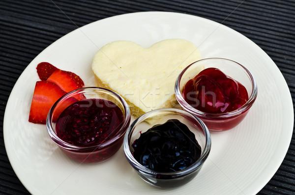 Romantische valentijnsdag voedsel licht Rood Stockfoto © nuiiko