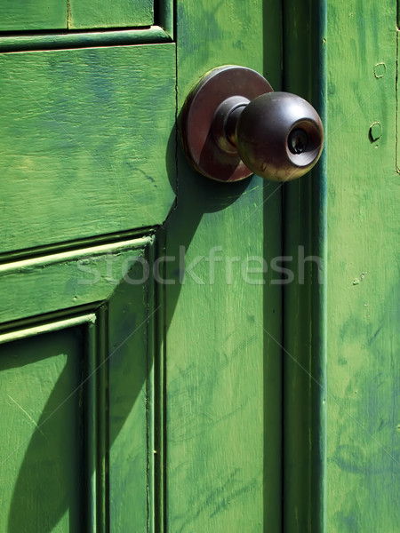 öreg vasaló ajtóküszöb zöld fa ajtó Stock fotó © nuttakit