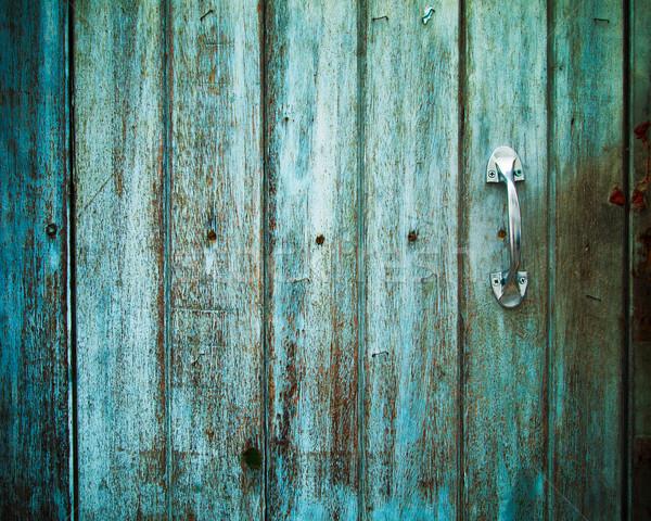 Eski kapı işlemek eski ahşap boyalı yeşil Stok fotoğraf © nuttakit