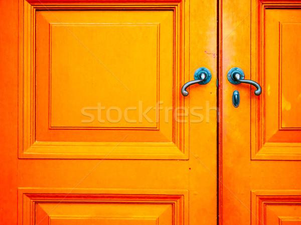 Starych uchwyt drewna drzwi niebieski pomarańczowy Zdjęcia stock © nuttakit
