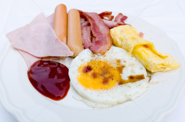 Photo stock: Déjeuner · blanche · céramique · plat · oeuf · repas
