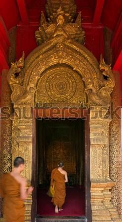 Entree kerk tempel noordelijk Thailand deur Stockfoto © nuttakit