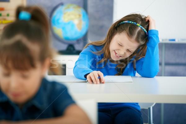 Stockfoto: Schoolmeisje · denken · klas · elementair · leeftijd