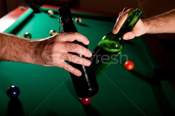 Sör üvegek snooker férfiak fölött asztal Stock fotó © nyul