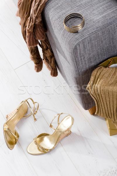 Elbise kanepe yeni satın ayakkabı bilezik Stok fotoğraf © nyul
