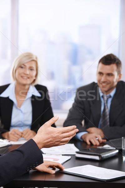 Foto stock: Reunión · de · negocios · mano · primer · plano · escuchar · negocios