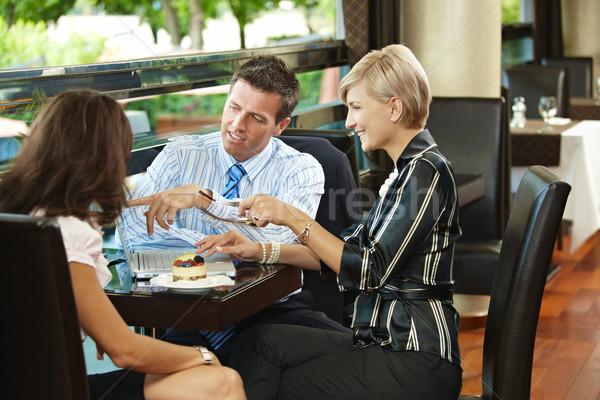 деловое совещание кафе молодые бизнесмен предпринимателей заседание Сток-фото © nyul