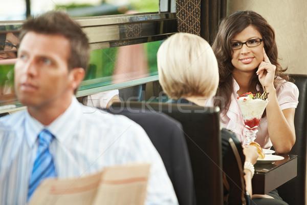 Stockfoto: Jonge · vrouwen · cafe · vergadering · snoep · zakenman · lezing