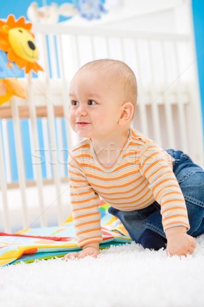 Сток-фото: ребенка · играет · домой · мальчика · 1 · год · сидят