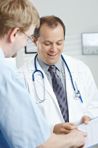 Photo stock: Médecin · médicaux · bureau · souriant