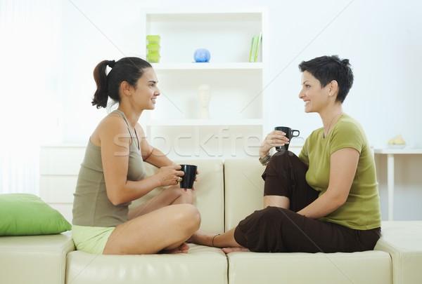 питьевой кофе диване два сидят Сток-фото © nyul