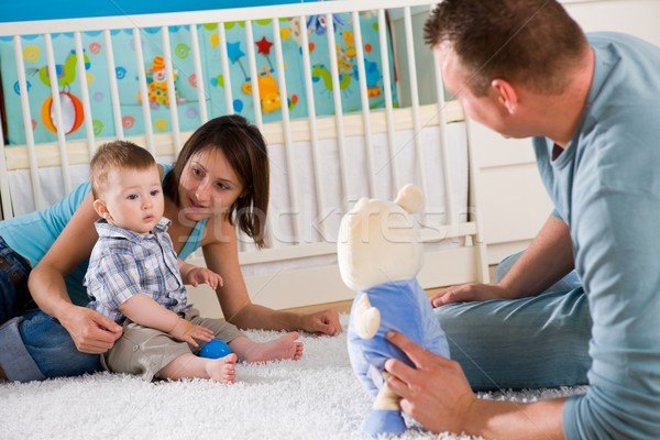 Familie spelen samen portret gelukkig gezin home Stockfoto © nyul
