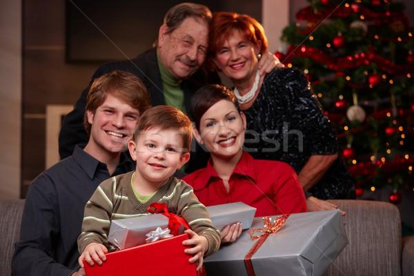 Foto stock: Feliz · criança · natal · presentes · retrato