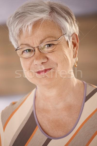 Portre beyaz saçlı bakıyor kamera Stok fotoğraf © nyul