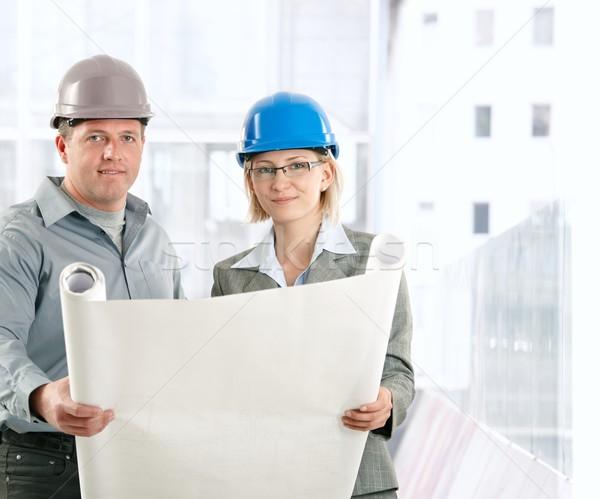Criador engenheiro trabalhando plano capacete de segurança Foto stock © nyul