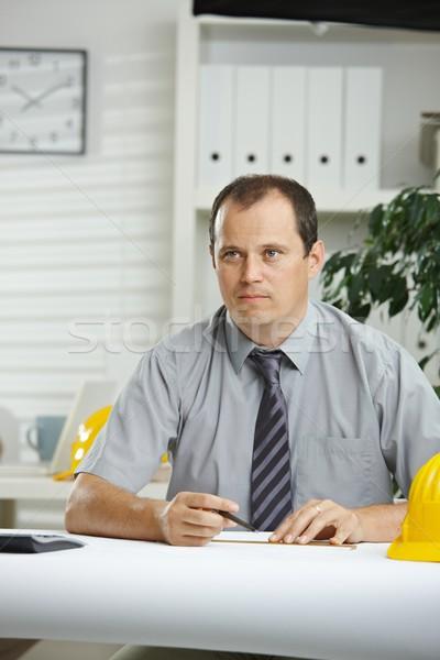Сток-фото: инженер · рабочих · столе · служба · планирования · план