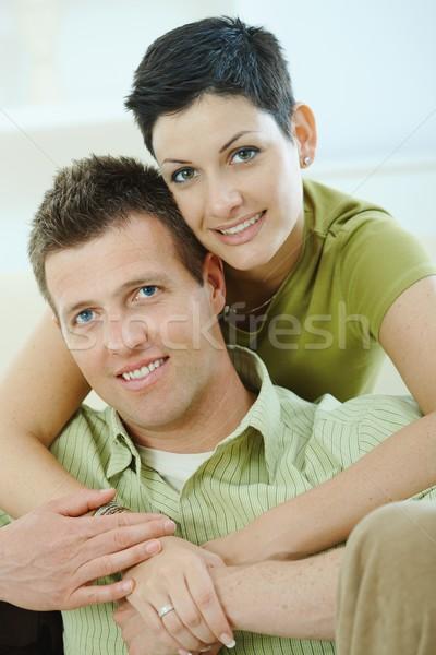 Szeretet pár ölel laptopot használ számítógép otthon Stock fotó © nyul
