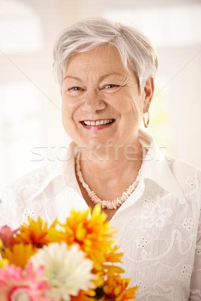 Foto d'archivio: Ritratto · fiori · primo · piano · felice