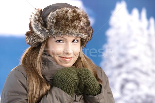 Stockfoto: Jonge · vrouw · omhoog · warm · glimlachend · jonge · aantrekkelijke · vrouw