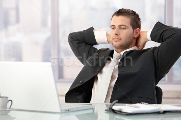 Foto stock: Guapo · ejecutivo · sesión · escritorio · brillante · oficina