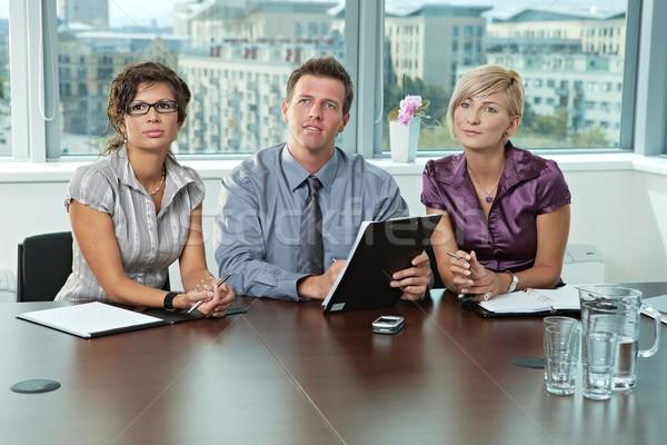 Stockfoto: Zakenlieden · sollicitatiegesprek · paneel · vergadering · tabel