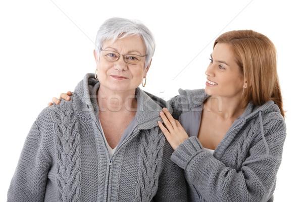 Genç kadın kıdemli anne çekici sevmek Stok fotoğraf © nyul