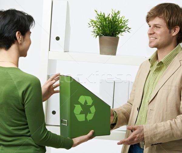 Foto d'archivio: Ufficio · felice · impiegati · verde · cartella