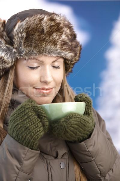 Jóvenes femenino caliente caliente té Foto stock © nyul