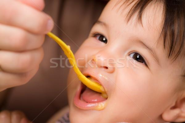 Baby moeder lepel kinderen Stockfoto © nyul