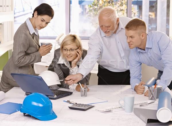 Сток-фото: бизнес-команды · работу · ноутбука · дизайнера · портативного · компьютера