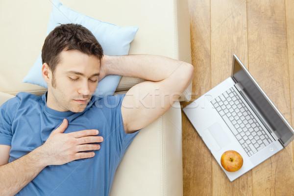 Foto stock: Homem · adormecido · sofá · moço · casa · laptop