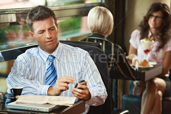 Foto stock: Empresário · móvel · café · sessão · tabela · telefone · móvel