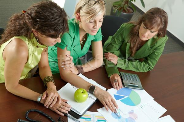 деловое совещание три молодые предпринимателей сидят конференц-зал Сток-фото © nyul
