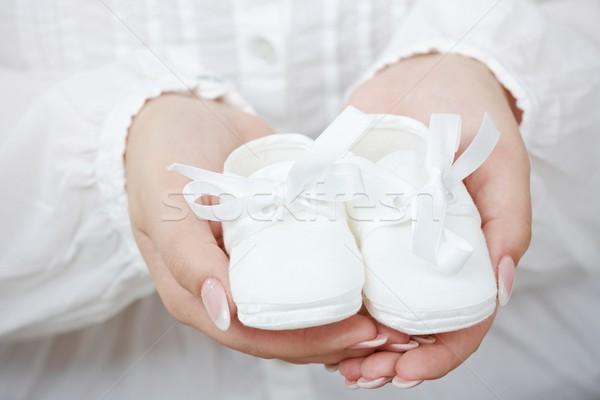 Pequeño zapatos de bebé primer plano Foto nuevos expectante Foto stock © nyul