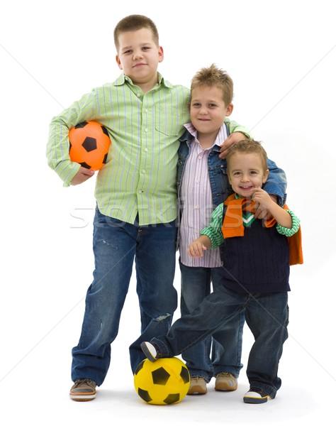 Foto stock: Ninos · fútbol · jóvenes · de · moda · jeans